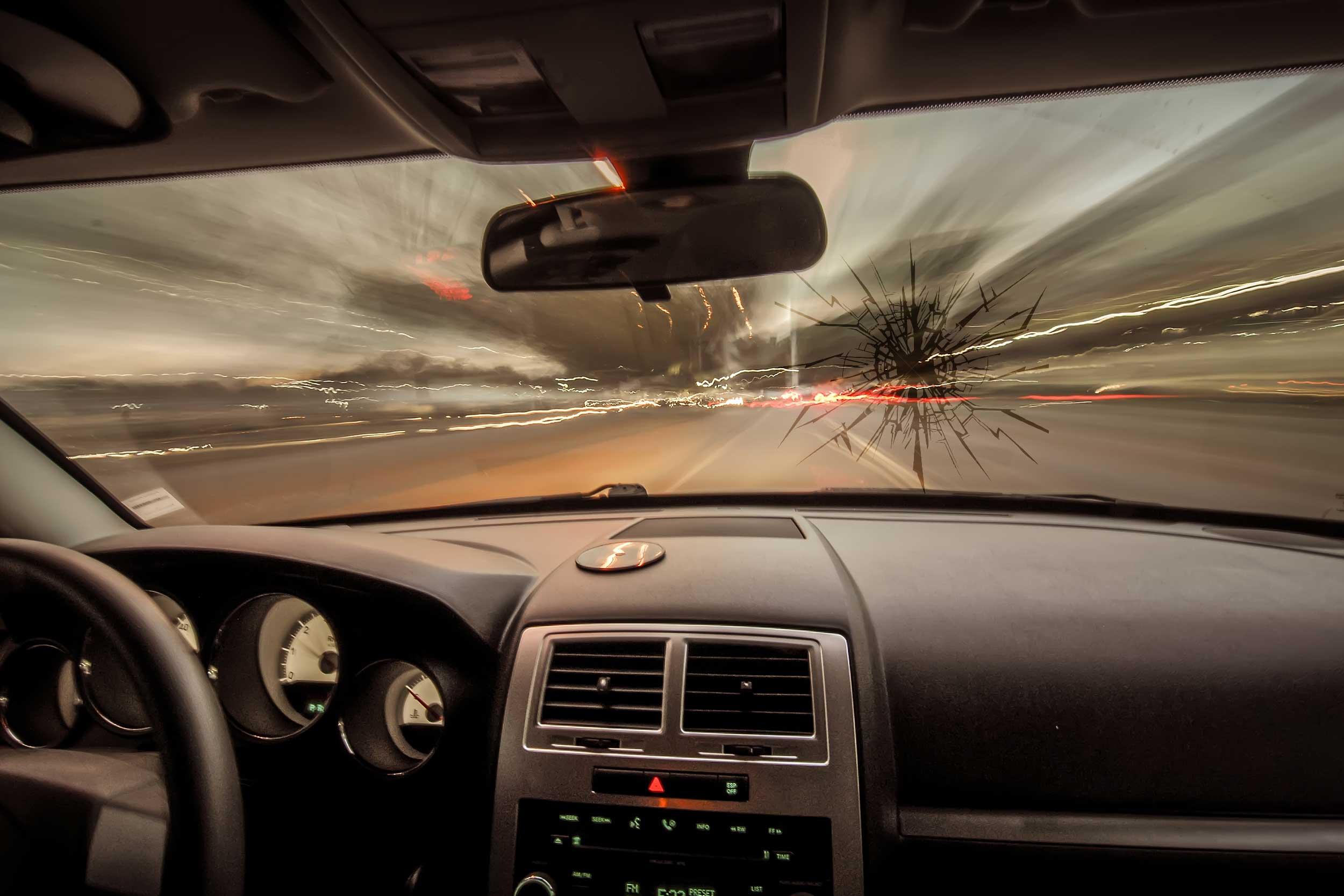 massachusetts windshield crack law