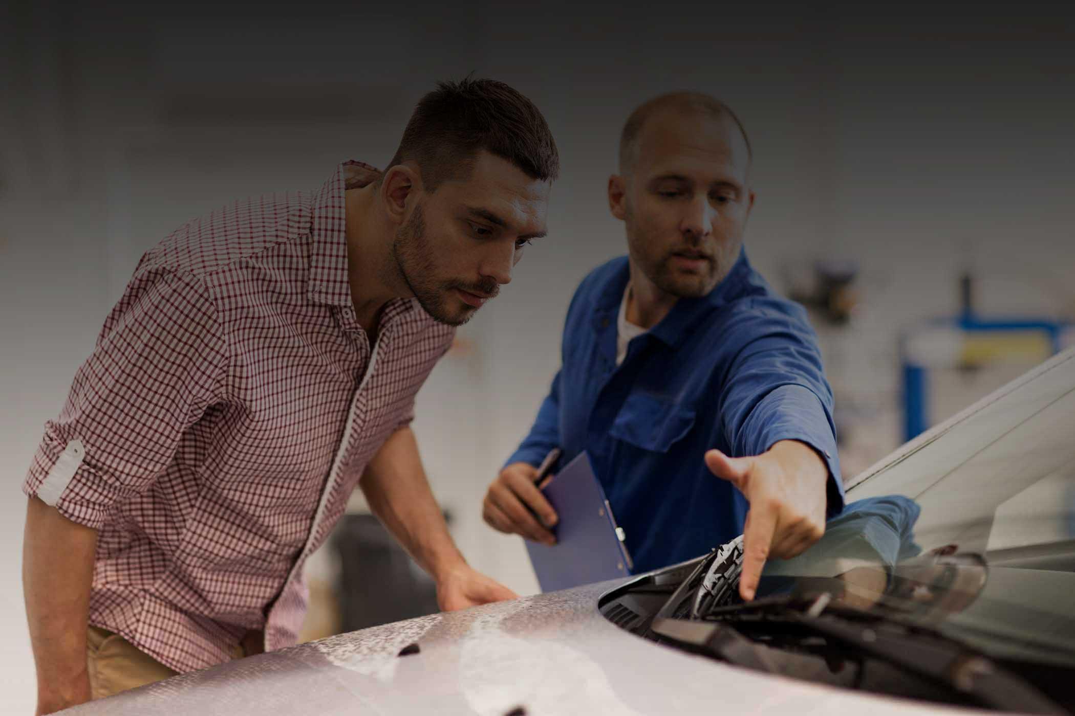 windshield-repair-company-technician-auto-glass-ma-slider